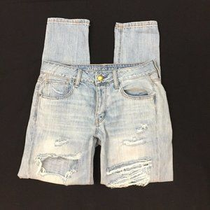 American eagle TomGirl destroyed Jeans 2R